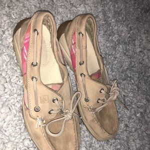womeans sperrys